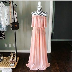 Dresses & Skirts - Blush Maxi Dress